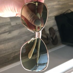 Tom Ford Sunglasses style Carla TF157